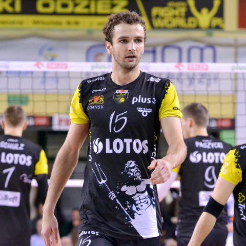 37 - Mateusz Mika