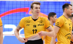 23 - Artur Szalpuk