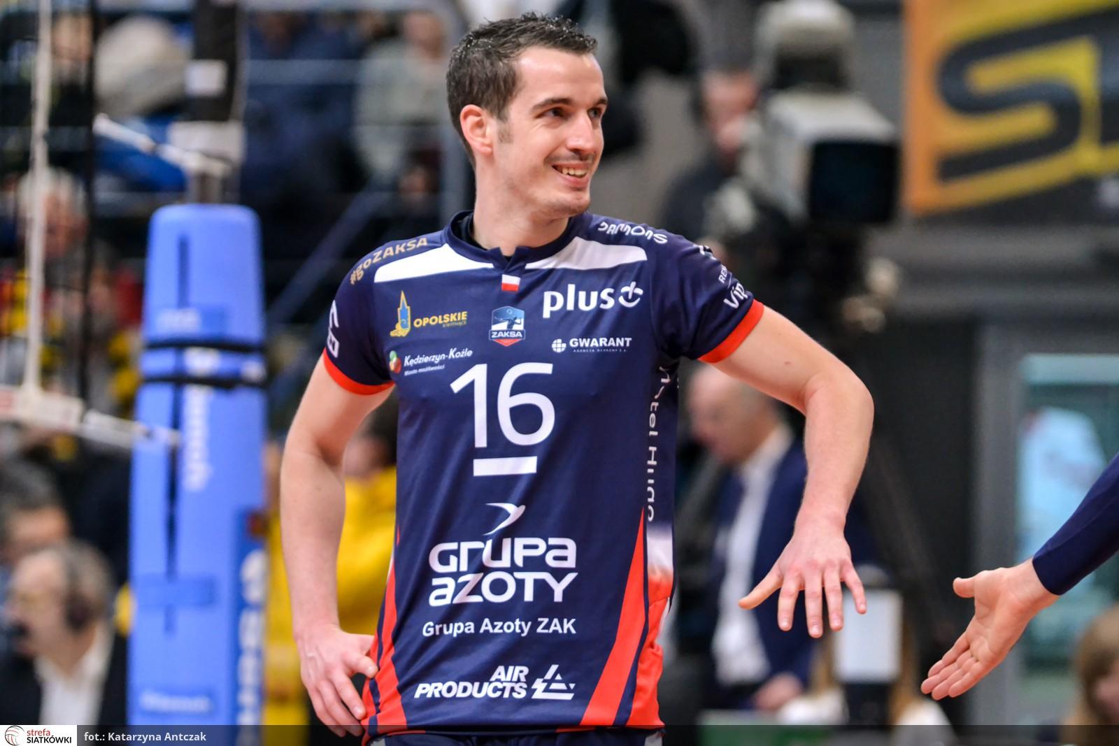 16 - Benjamin Toniutti